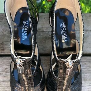 Michael Kors Shoes - Michael Kors snake patterned heels, size 8